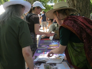06-whole-earth-festival-2012