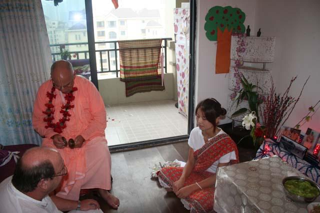21-Srila Janardan Maharaj in Chongqing, China