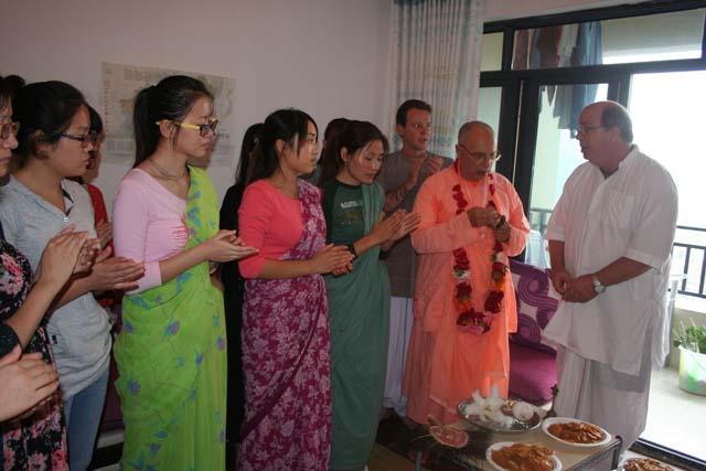 27-Srila Janardan Maharaj in Chongqing, China