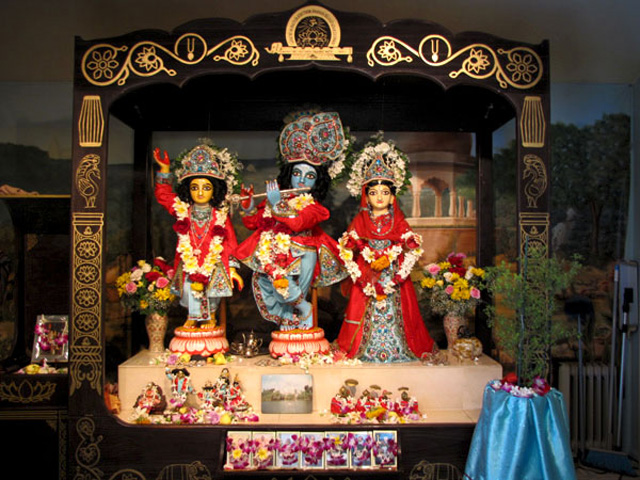 Deities-installation-anniversary-2012-40