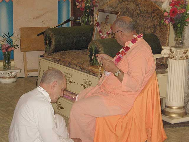06-Initiation of Brajanath Krishna at Soquel Seva Ashram