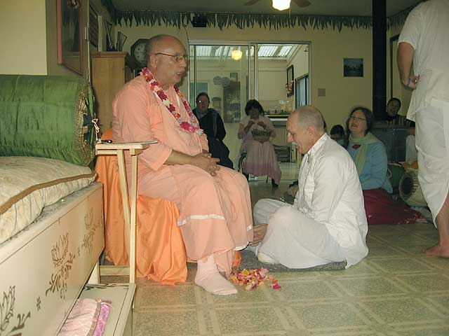 14-Initiation of Brajanath Krishna at Soquel Seva Ashram