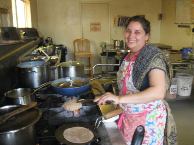 28-Abha Didi is the chapati queen