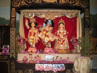 03-nrsimha-chaturdasi-soquel-ashram-2012