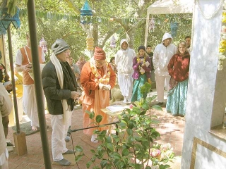20-Srila Govinda Maharaj Disappearance Program in Soquel April 2012
