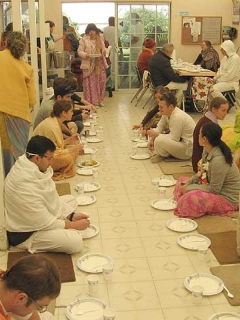 40-Srila Govinda Maharaj Disappearance Program in Soquel April 2012