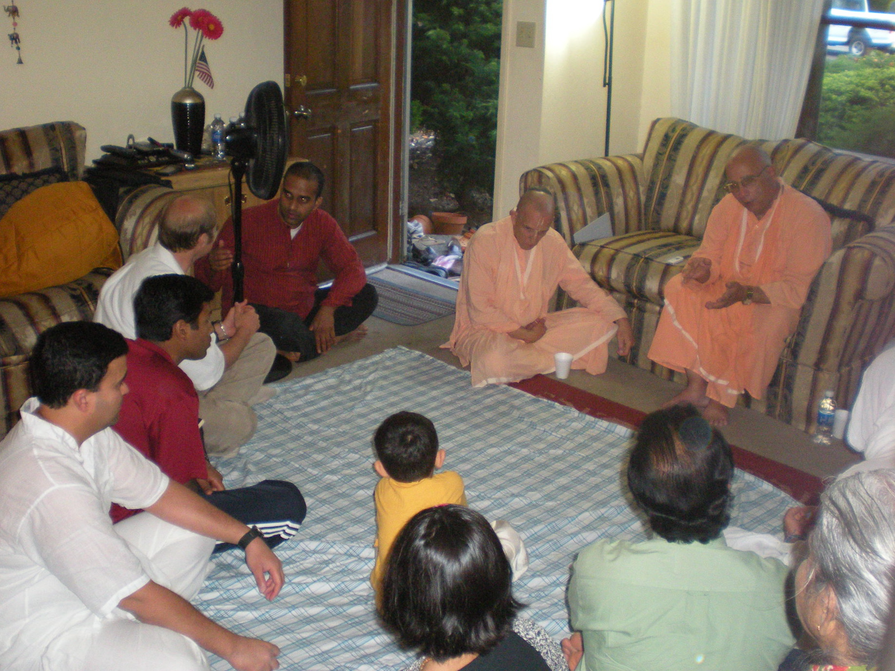 29-Guests at Sridhar Prabhu\'s home program