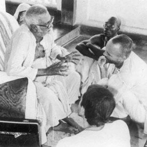 Om Vishnupad Srila Bhakti Rakshak Sridhar Dev-Goswami Maharaj-018
