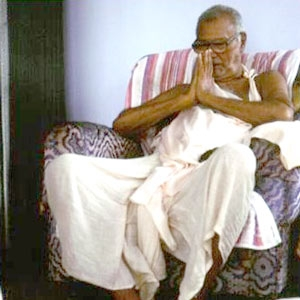Om Vishnupad Srila Bhakti Rakshak Sridhar Dev-Goswami Maharaj-002