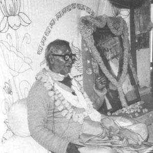 Om Vishnupad Srila Bhakti Rakshak Sridhar Dev-Goswami Maharaj-020