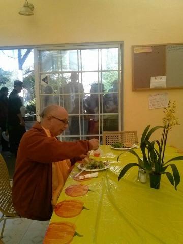 08-Thanksgiving at the Ashram