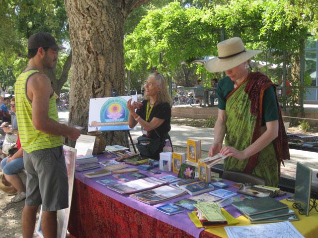 05-whole-earth-festival-2012