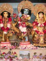 Sri Sri Guru Gauranga Gandharvika Giridhari